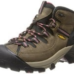 Top 10 Best Women's Hiking Boots 2016